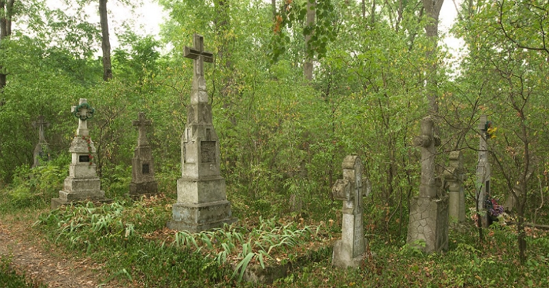 Призрак в доме возле кладбища