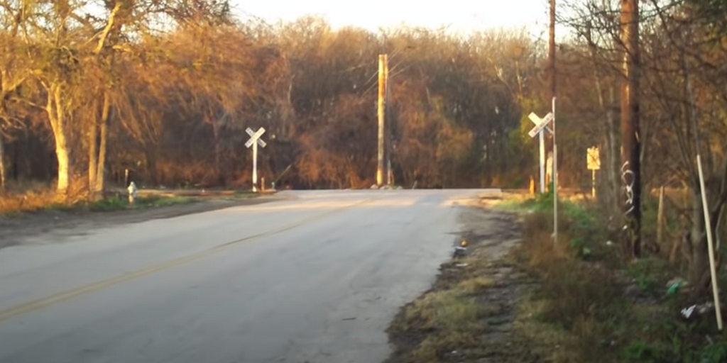 Texas Railroad Crossing ПРизраки